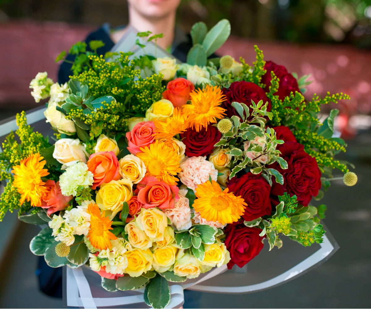 Авторский букет цветов 11