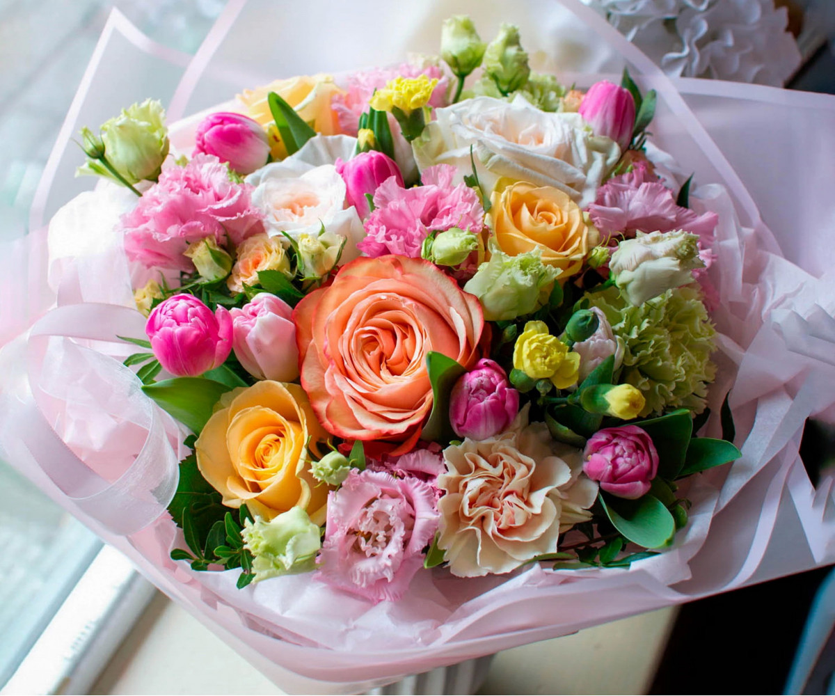 Авторский букет цветов 14