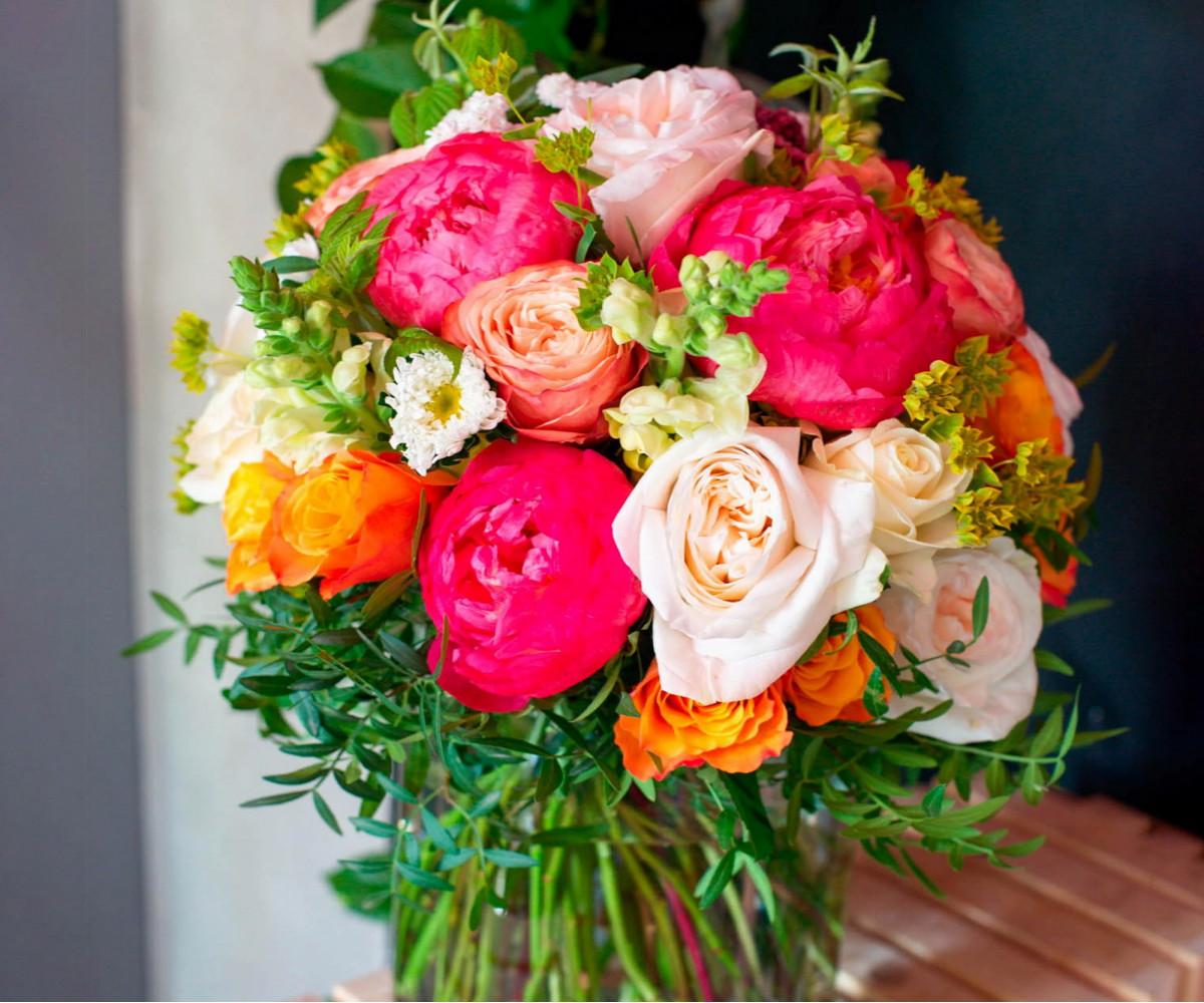Авторский букет цветов 18
