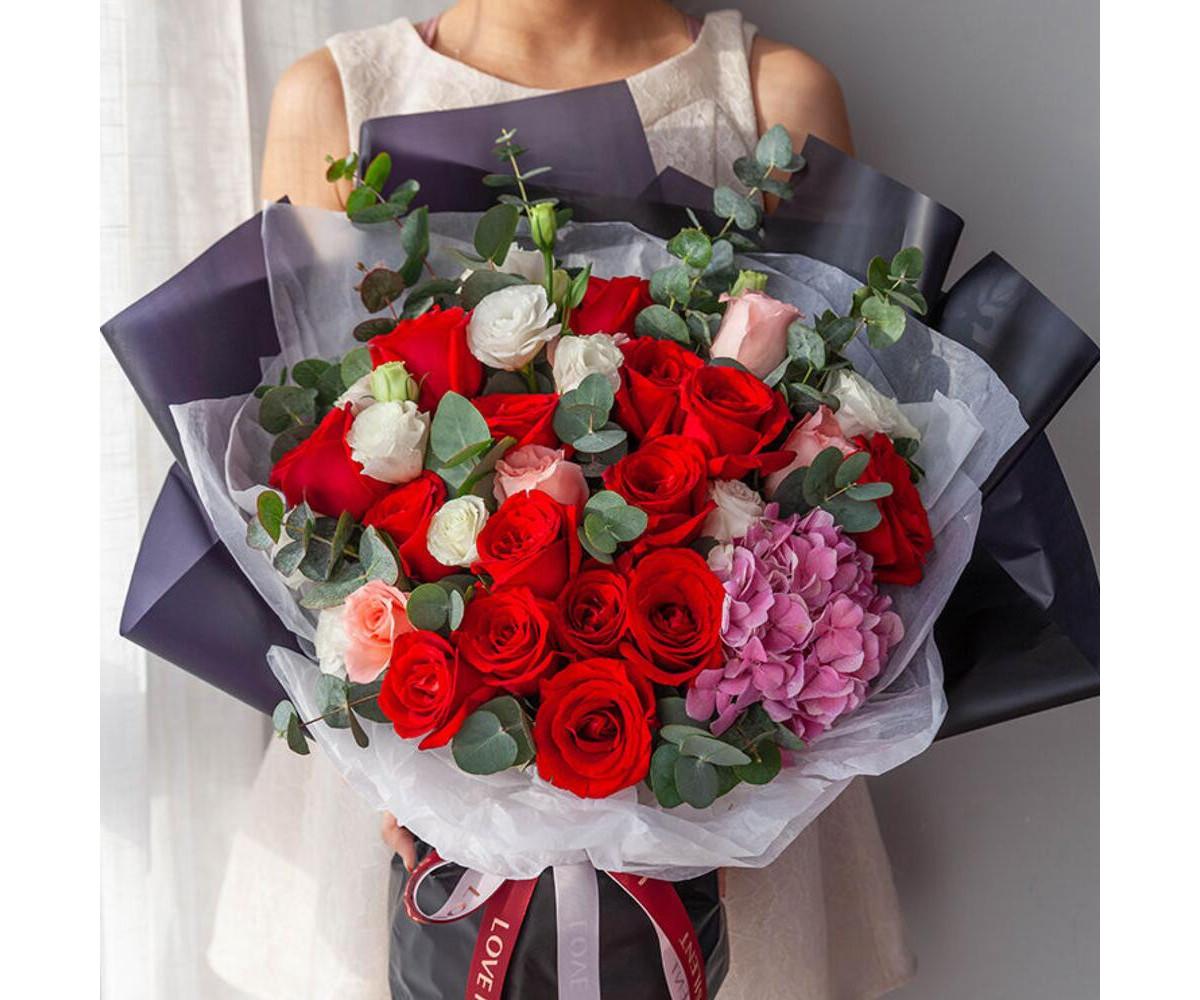 Букет премиум класса с красными розами